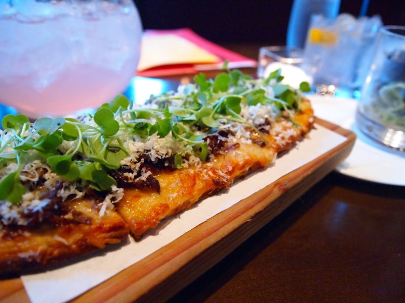 Short rib flatbread.